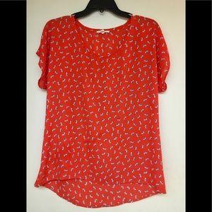 Cute pattern loose fitting shirt.
